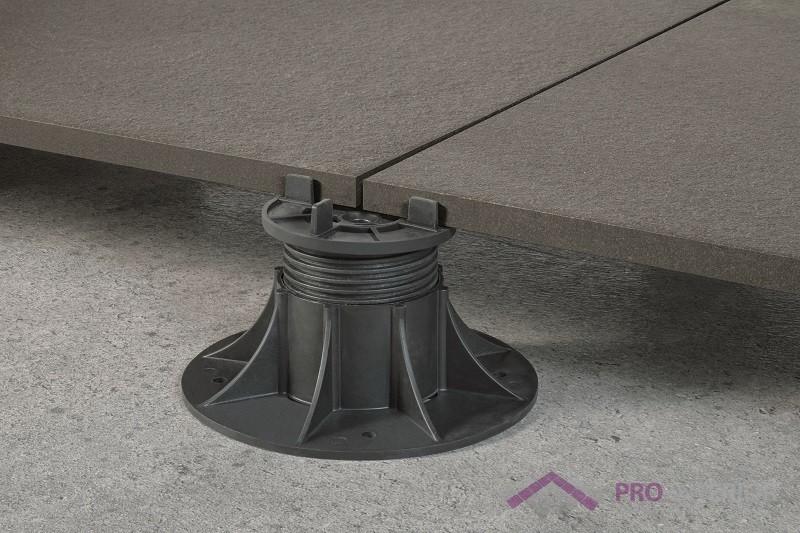 Płytki tarasowe - betonowy taras wentylowany - wsporniki